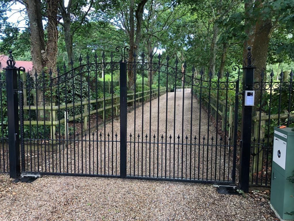 gates security Brentwood 3